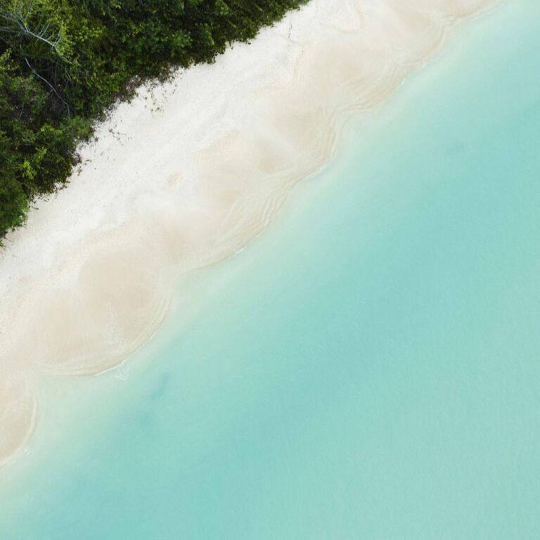 Les meilleures plages d'Antigua vues du ciel