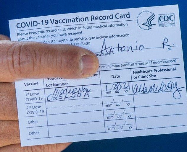 Besoin d'aide pour United Airlines: Vaccinés uniquement!