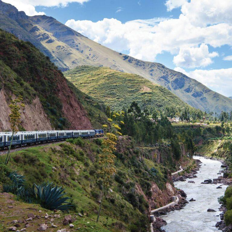 Katie Glass à bord d'un voyage en train Belmond à travers le Pérou